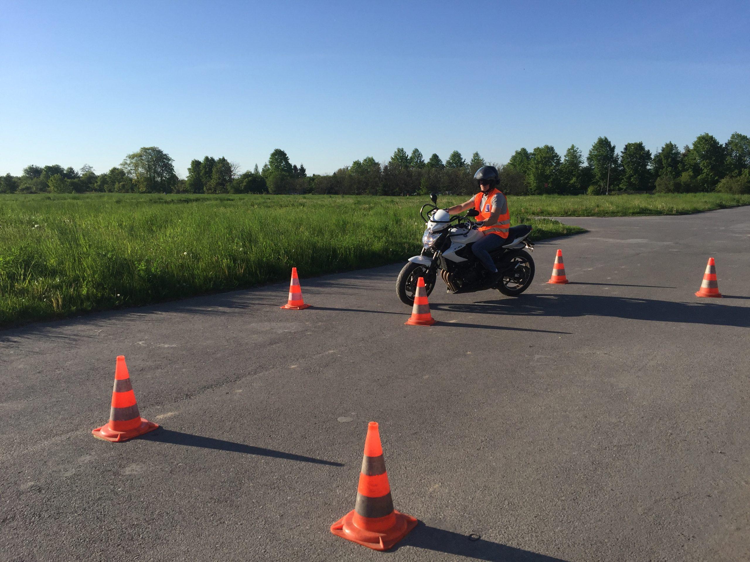 kurs prawa jazdy radom